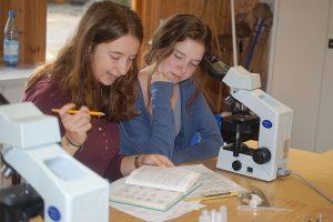 Studenten im Nationalparklabor